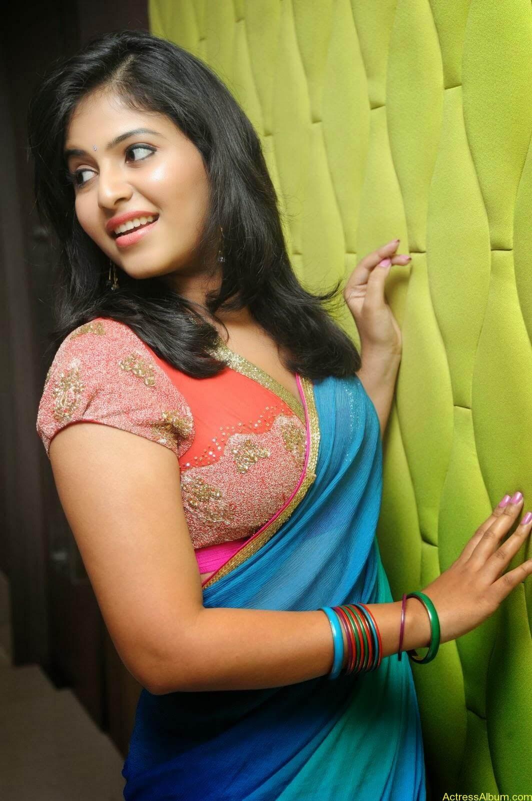 Anjali hot photos at masala movie (13)