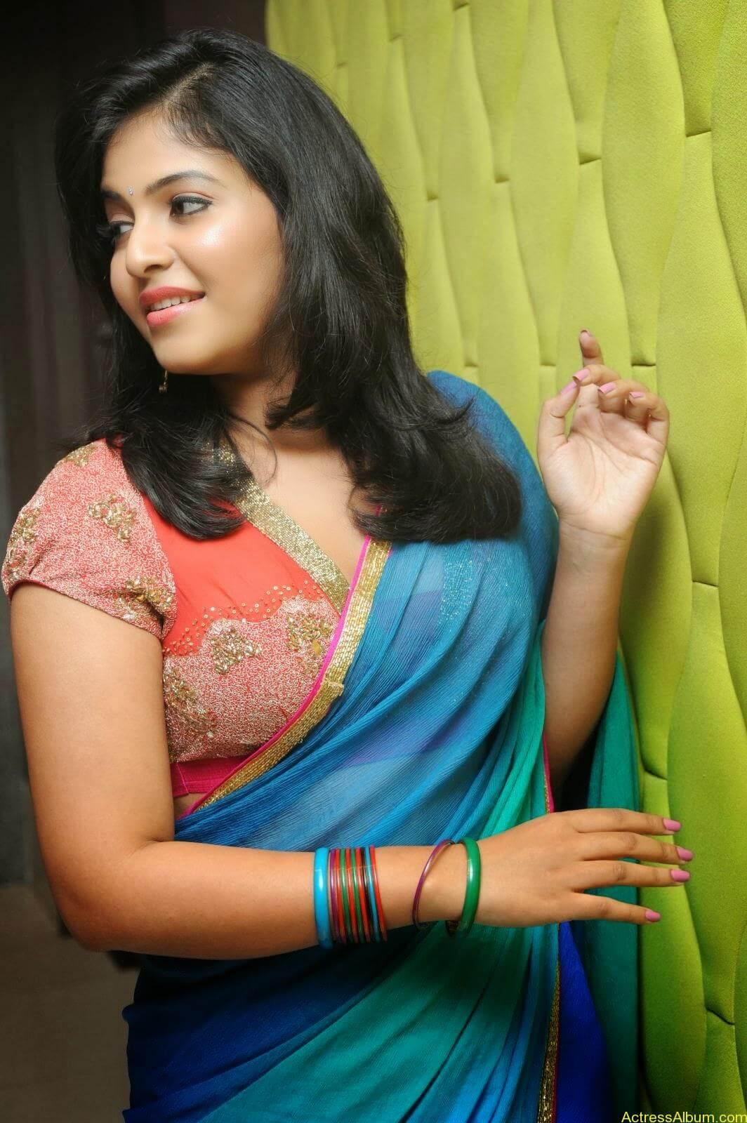 Anjali hot photos at masala movie (14)