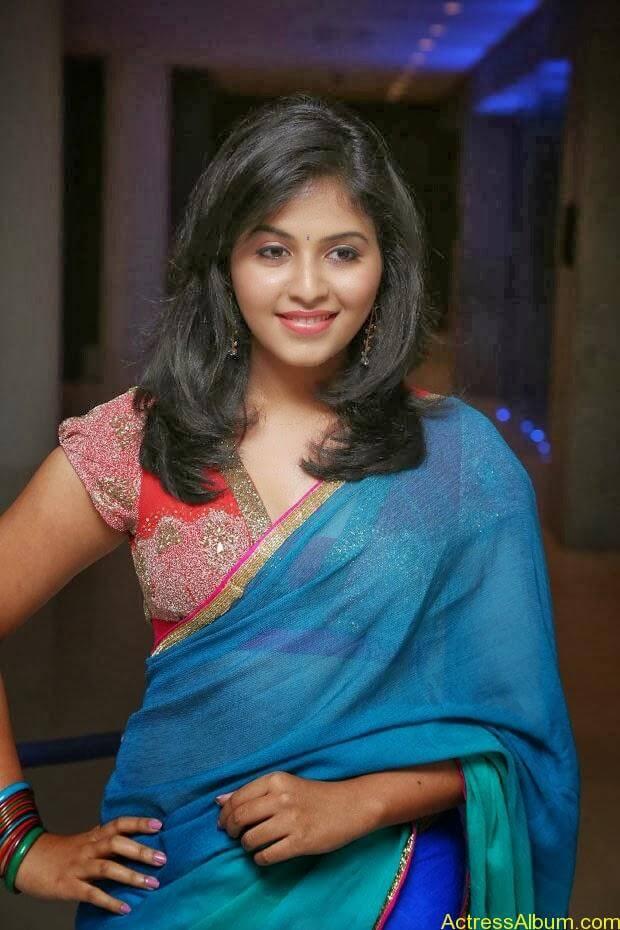 Anjali hot photos at masala movie (15)