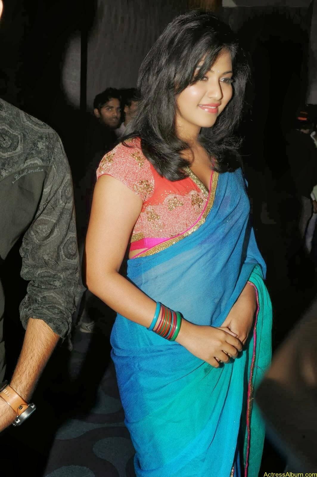 Anjali hot photos at masala movie (17)