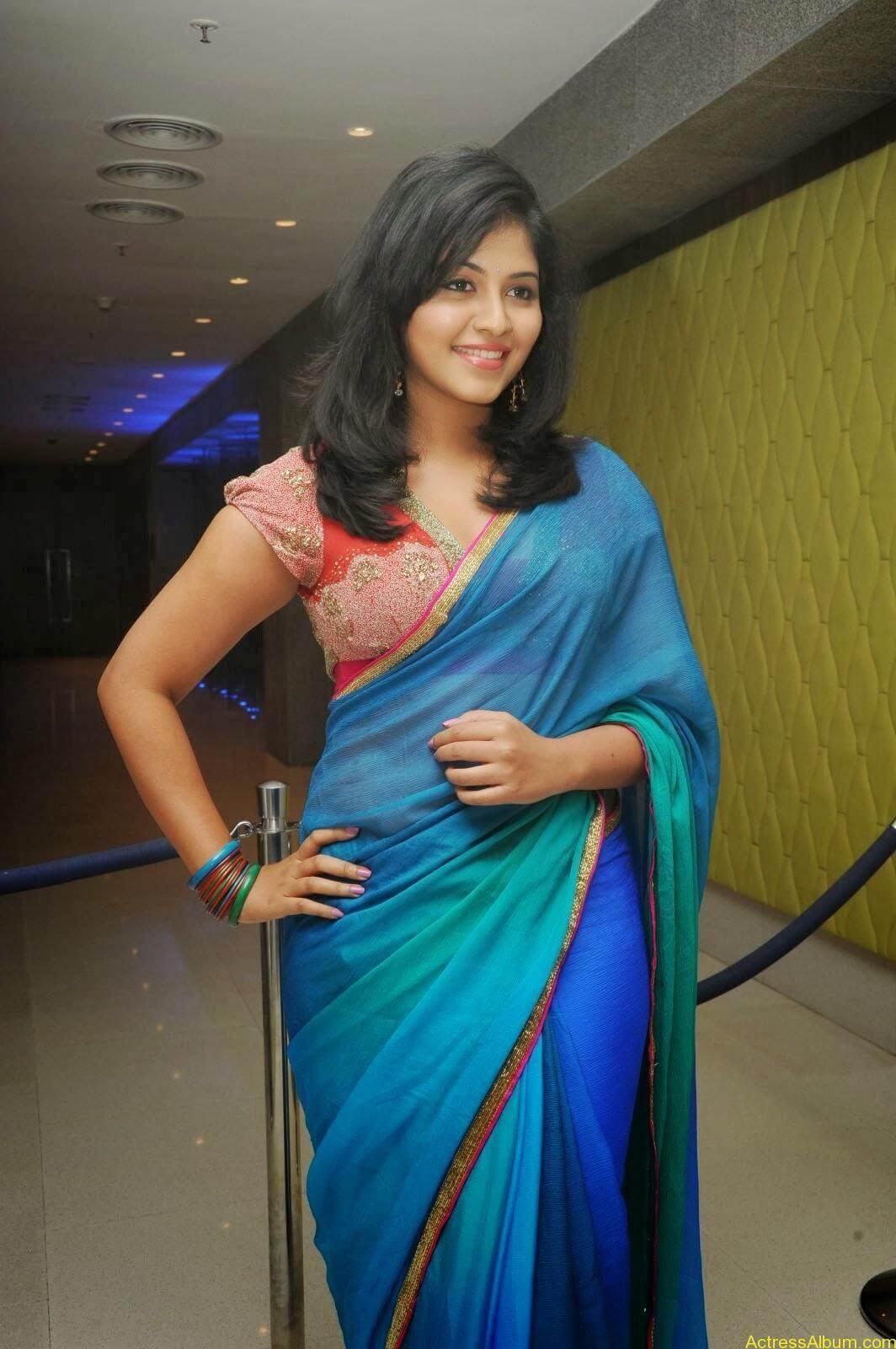 Anjali hot photos at masala movie (19)