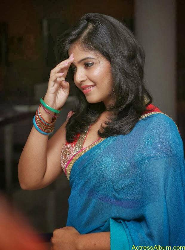 Anjali hot photos at masala movie (25)
