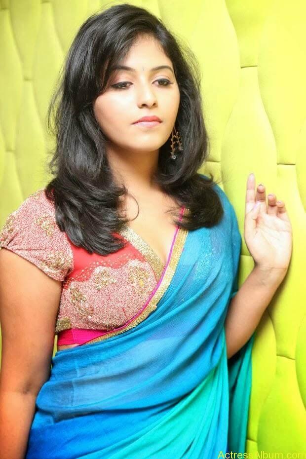 Anjali hot photos at masala movie (28)
