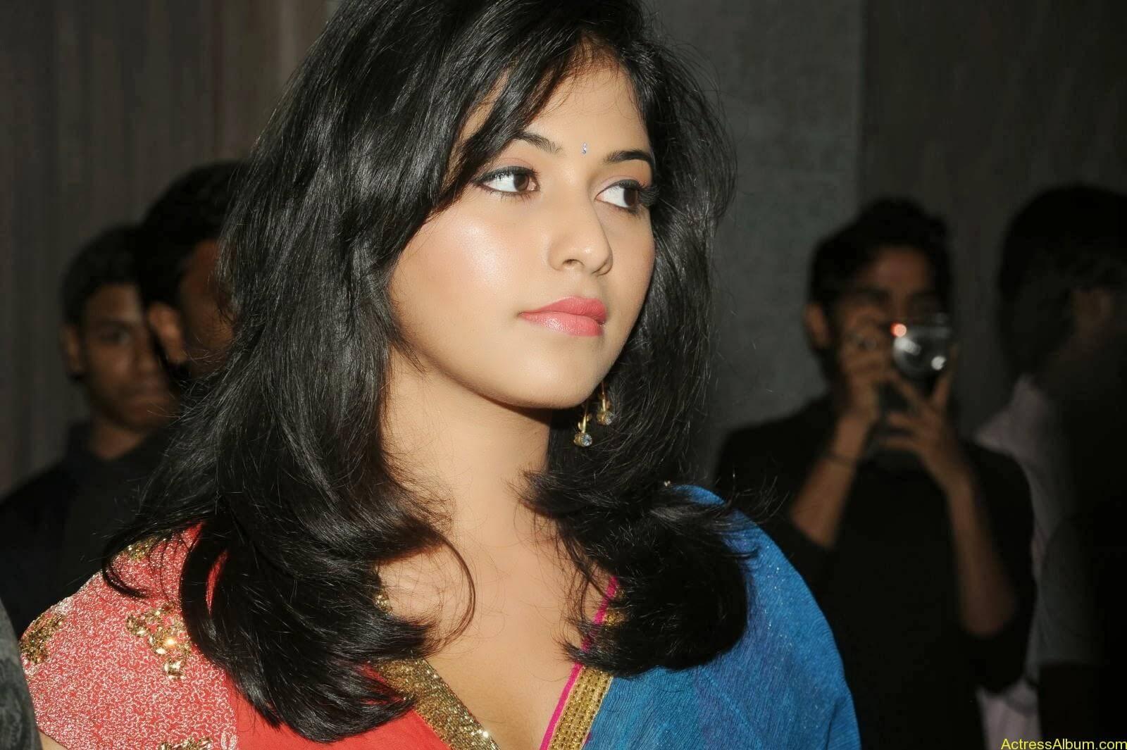 Anjali hot photos at masala movie (34)