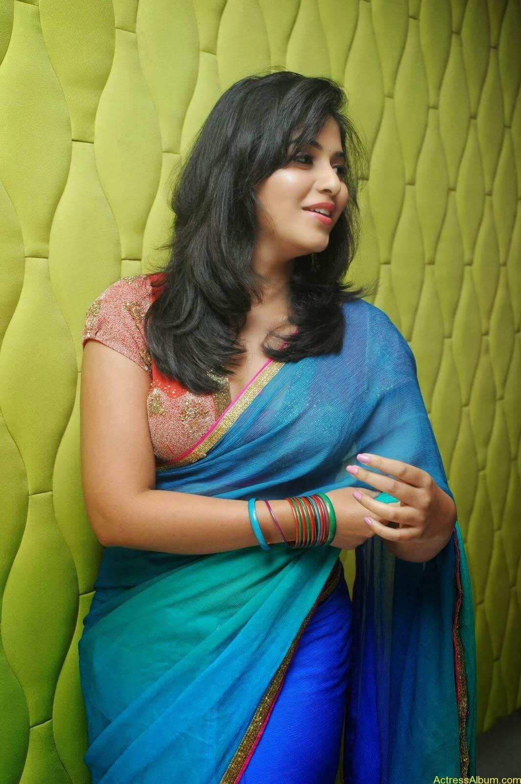 Anjali hot photos at masala movie (5)