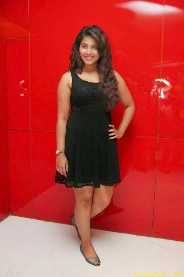Anjali latest hot stills (1)