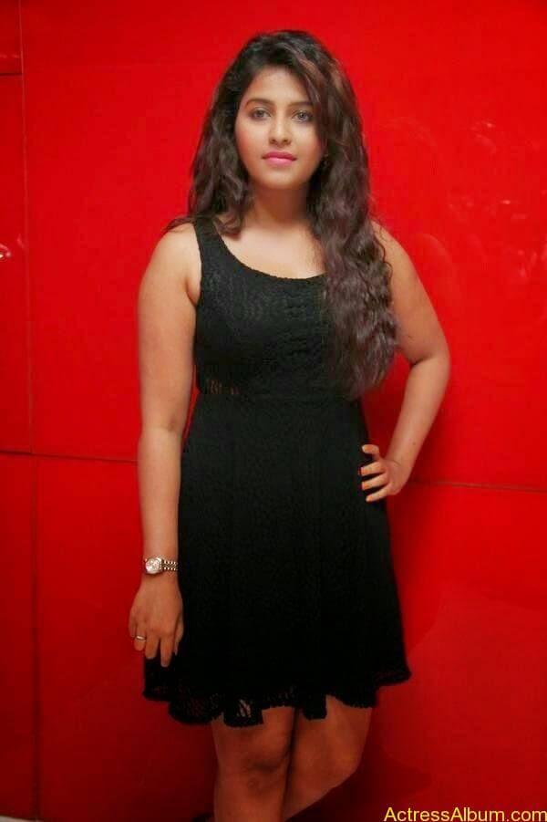 Anjali latest hot stills (5)