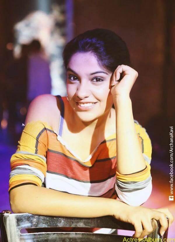 Archana Kavi Hot Unseen Pics 4