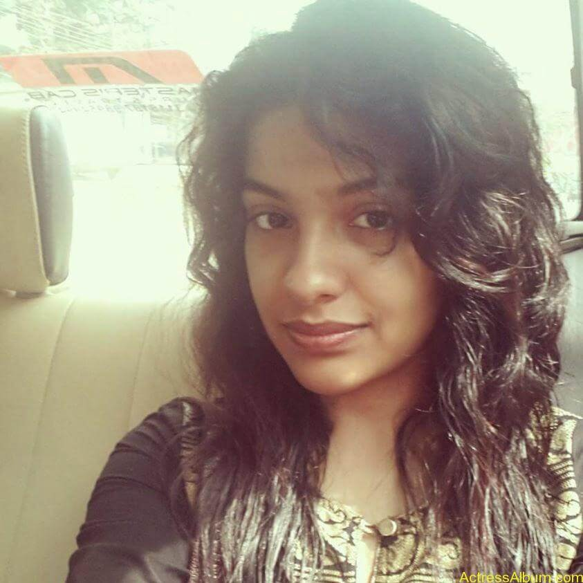 Archana Kavi Hot Unseen Pics 7