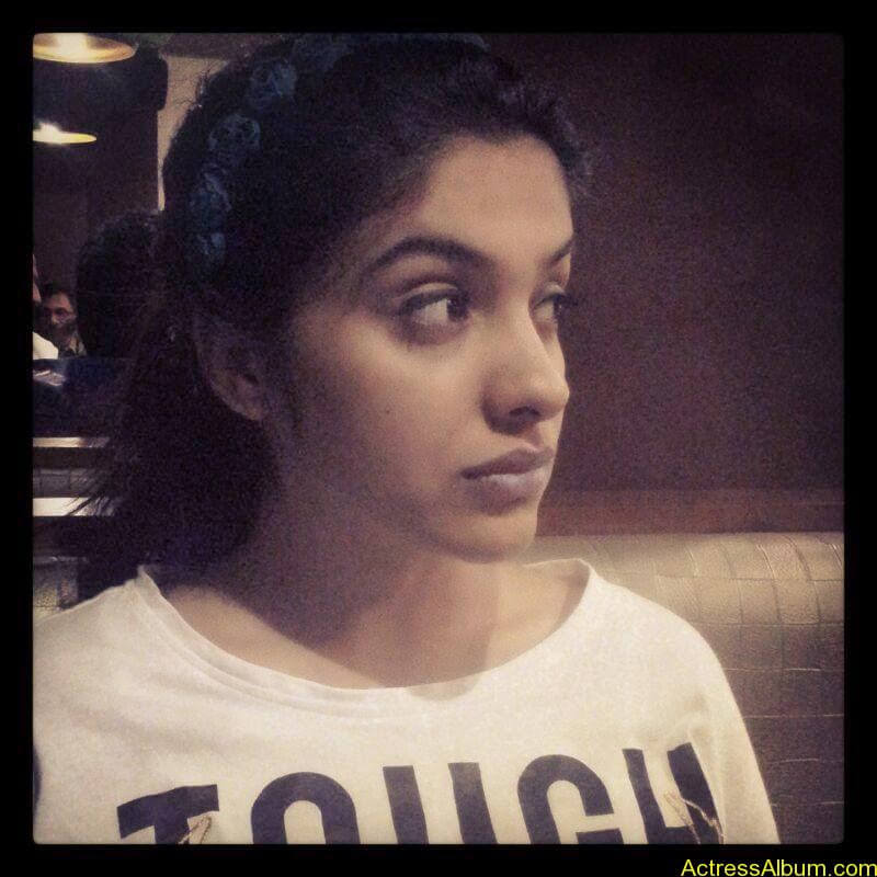 Archana Kavi Hot Unseen Pics 8