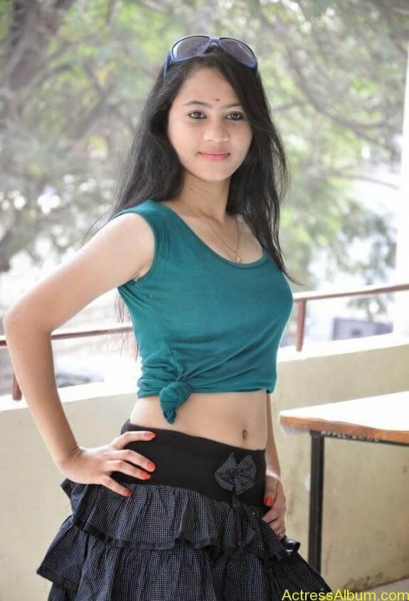 Asha latest stills (12)