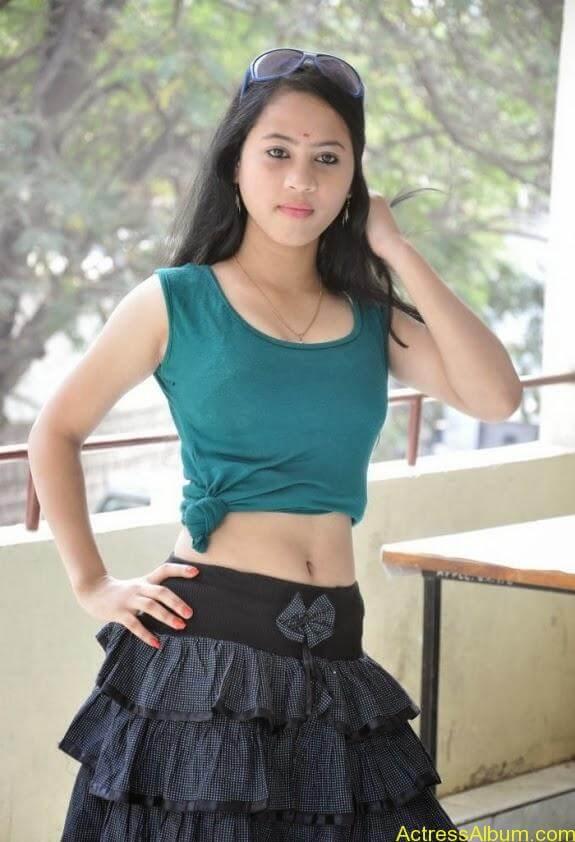 Asha latest stills (14)