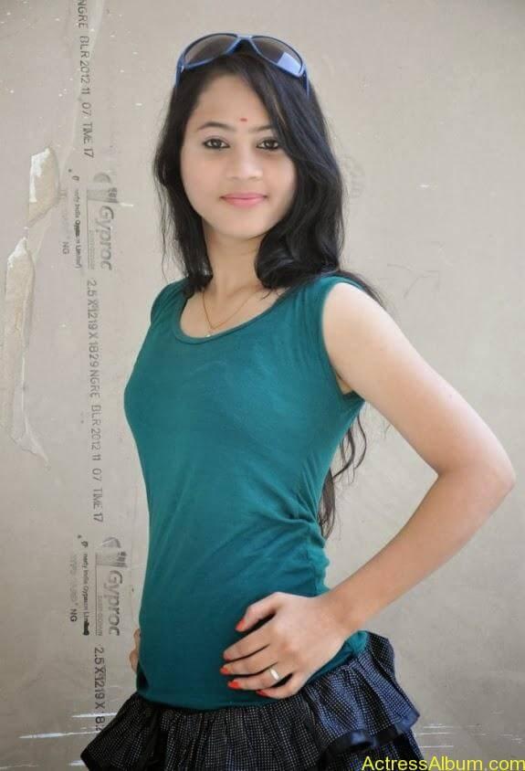 Asha latest stills (3)