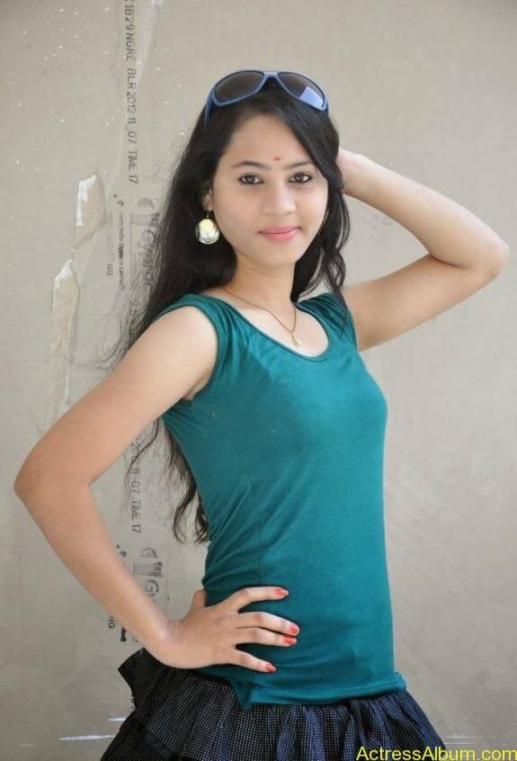 Asha latest stills (6)