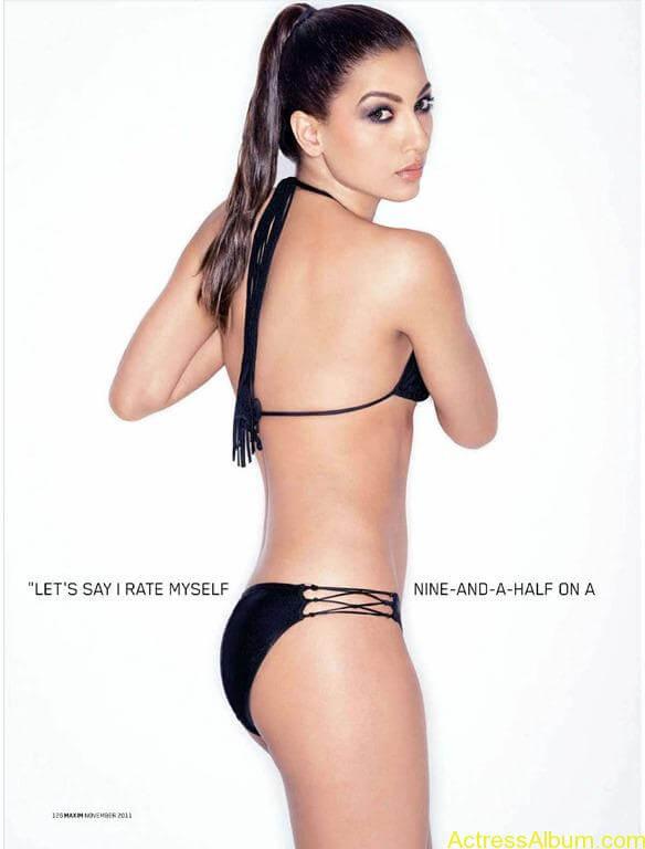 Gauhar Khan bollywood actress swimsuit pics 5