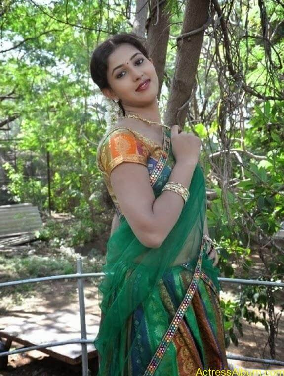 Grishma latest stills (11)