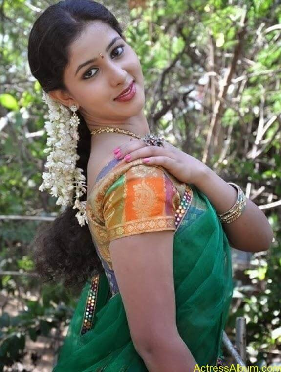 Grishma latest stills (2)