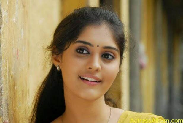 Ivan vera maathiri movie heroin surabhi stills (5)