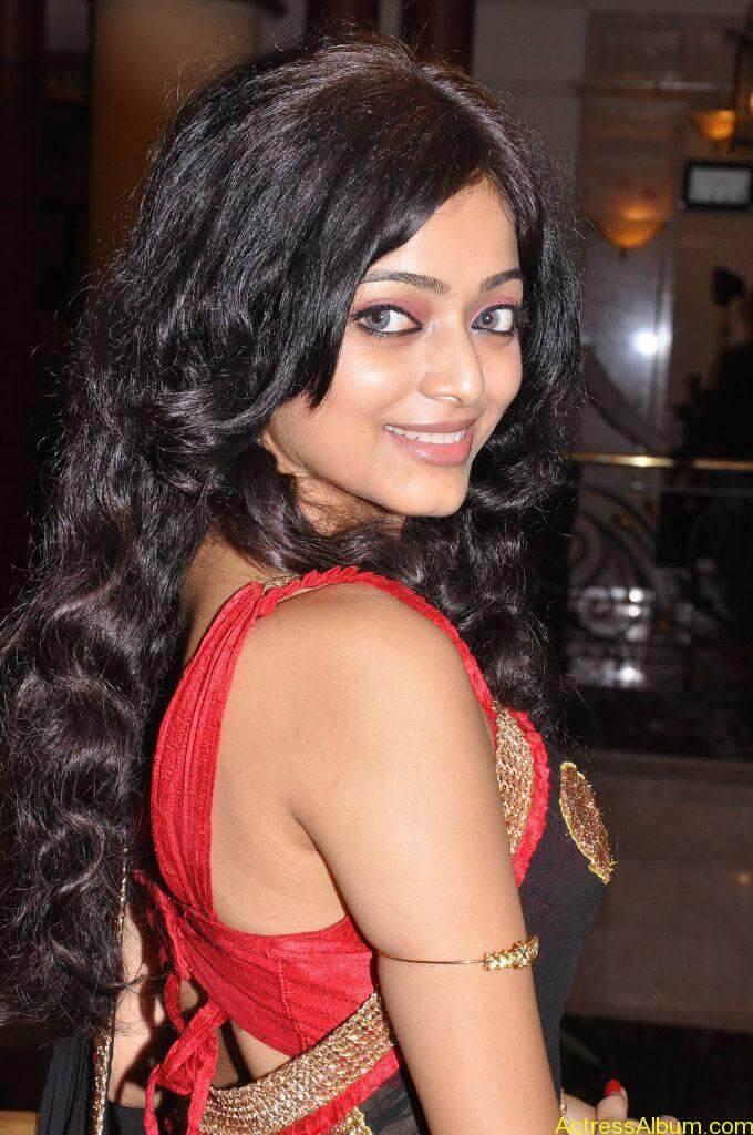 Janani iyer hot stills (1)