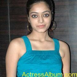 Janani iyer hot stills (5)