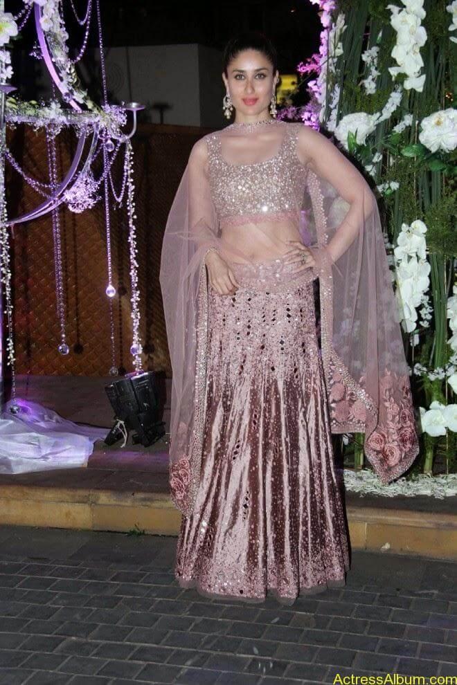 Kareena kapoor latest hot stills (7)