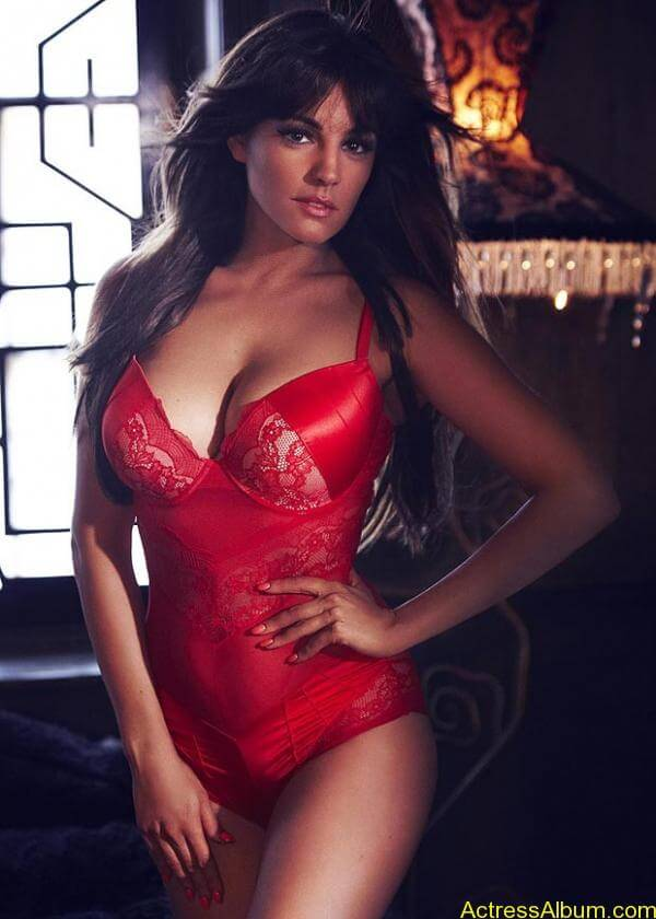Kelly Brook Latest Hot Lingerie Photoshoot (3)