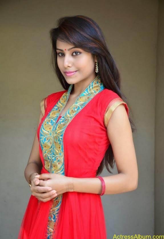 khenishna chandran latest hot photos (1)