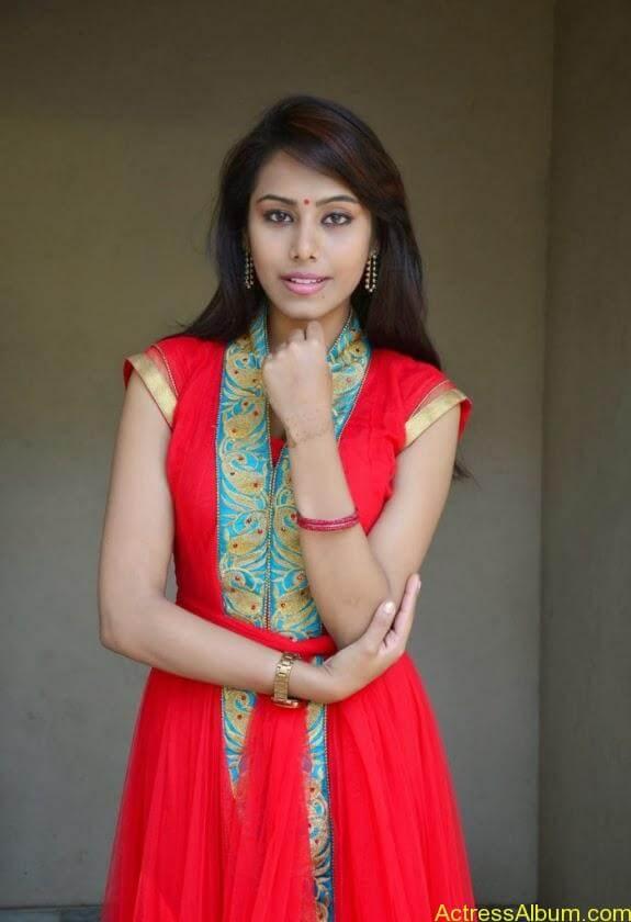 khenishna chandran latest hot photos (5)