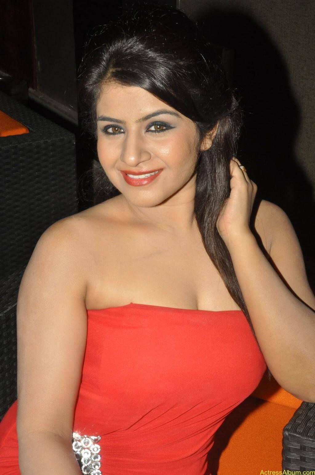 Manisha hot photos stills (11)