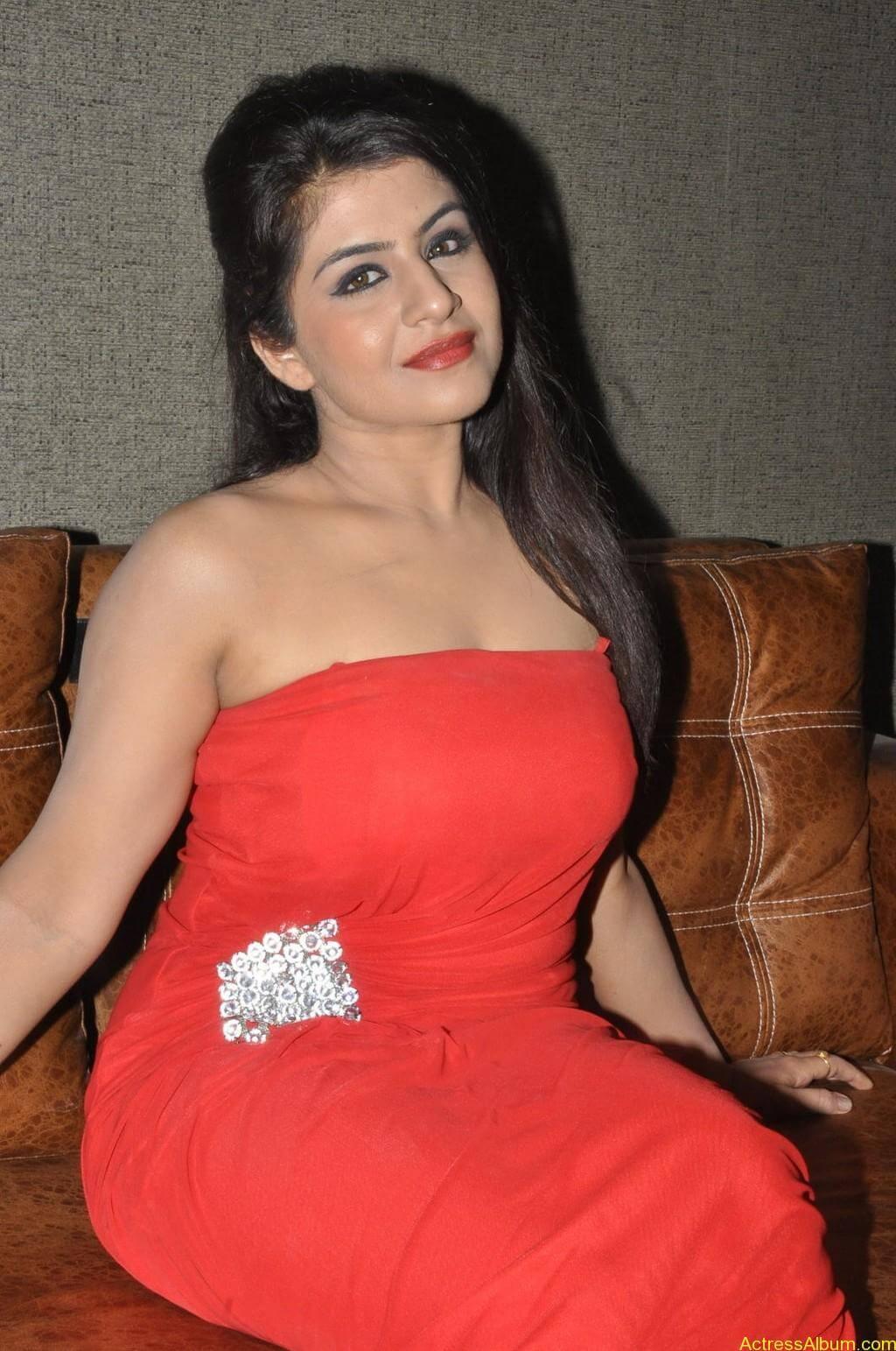 Manisha hot photos stills (13)