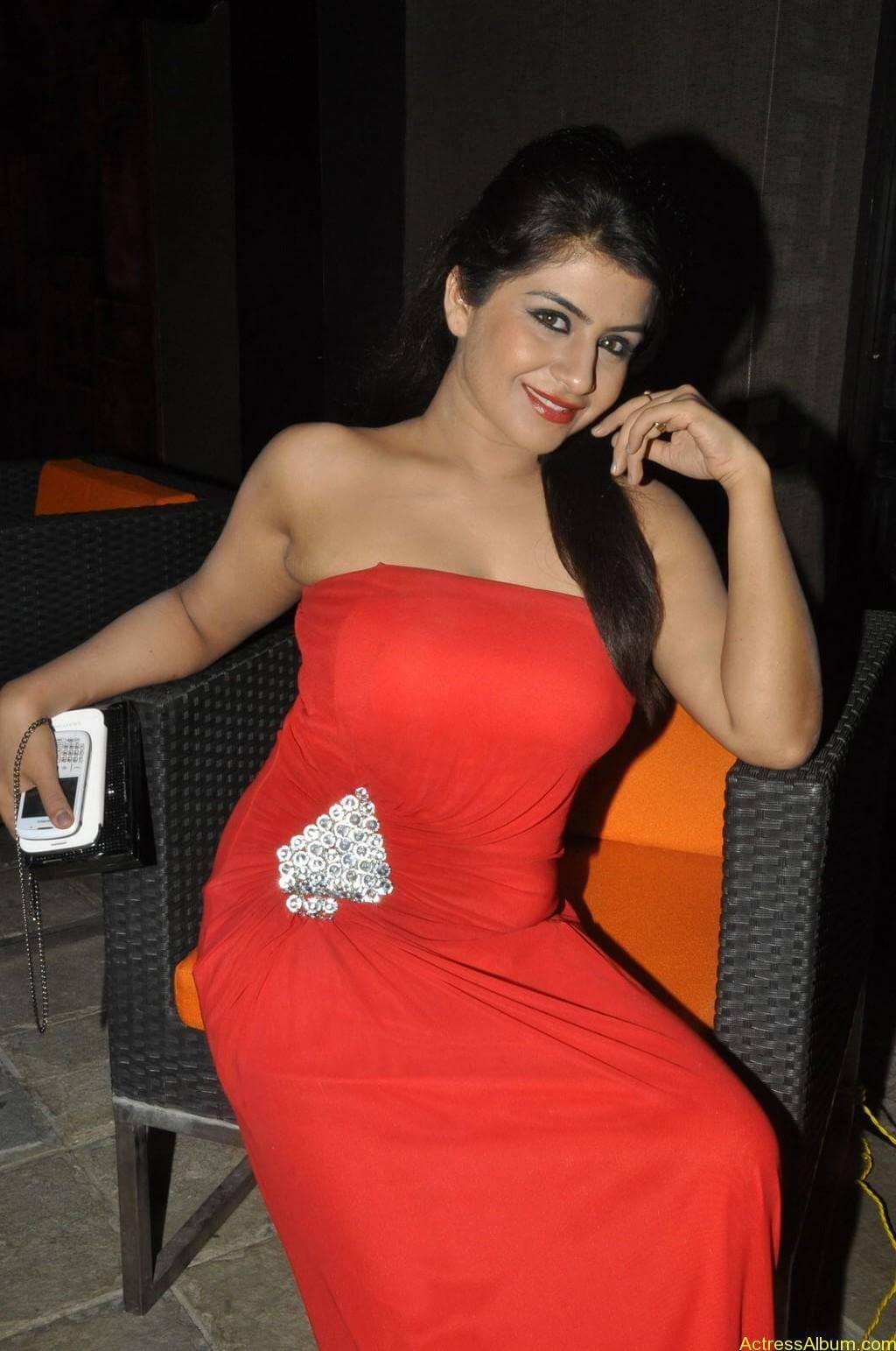 Manisha hot photos stills (17)