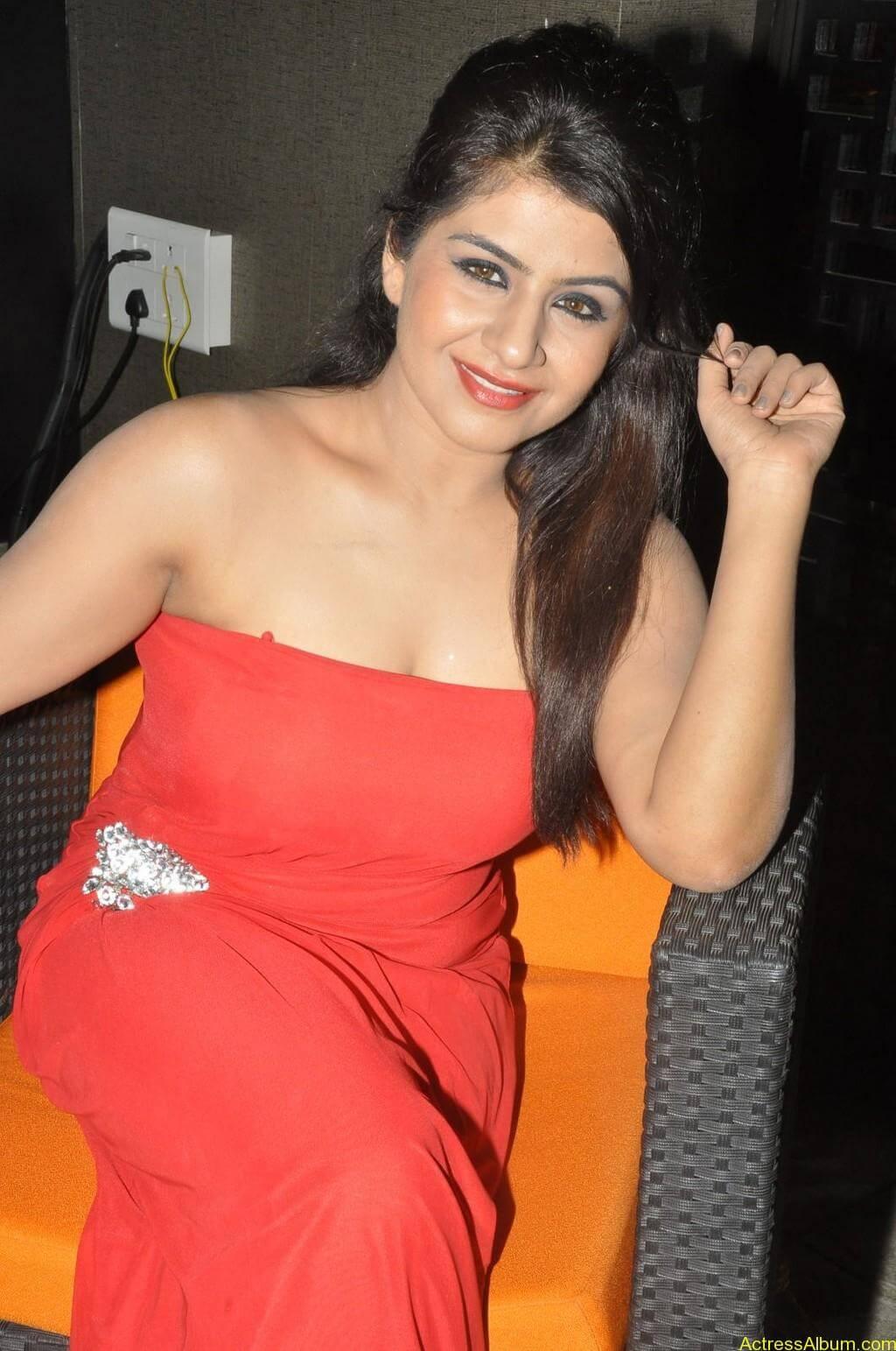 Manisha hot photos stills (3)