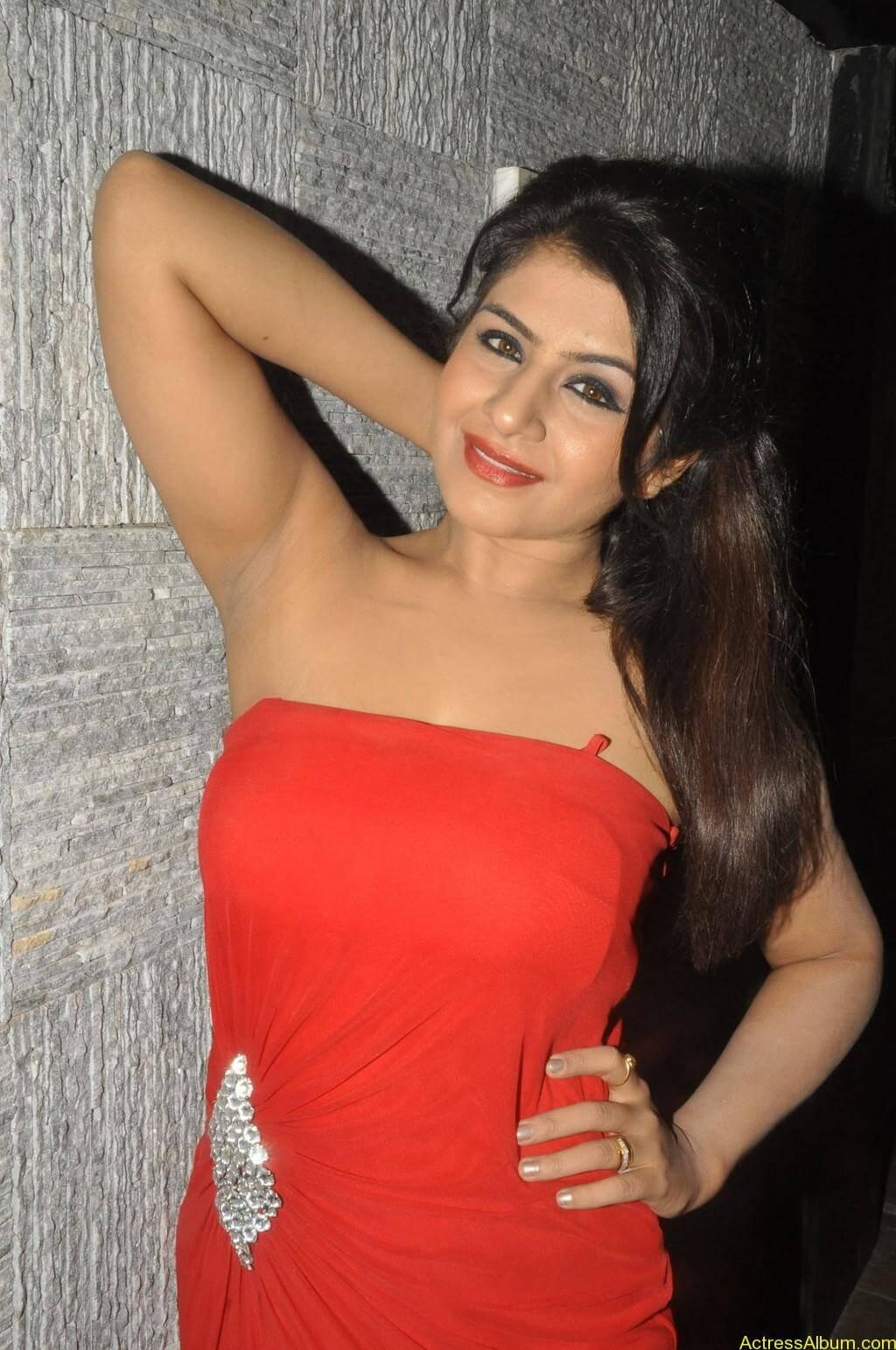 Manisha hot photos stills (6)