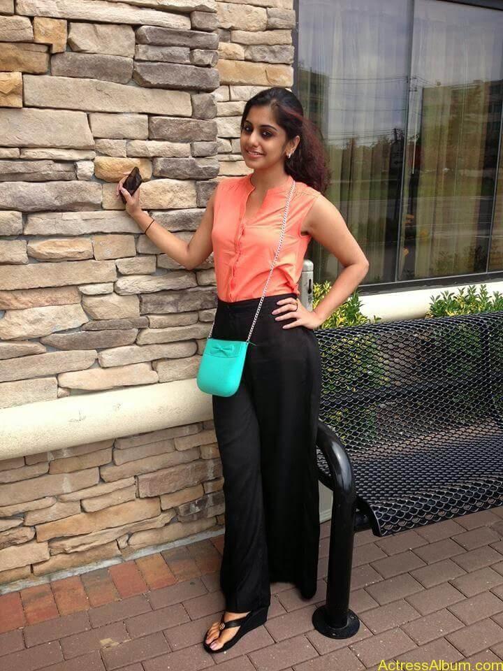 Meera Nandan Hot Pictures 10
