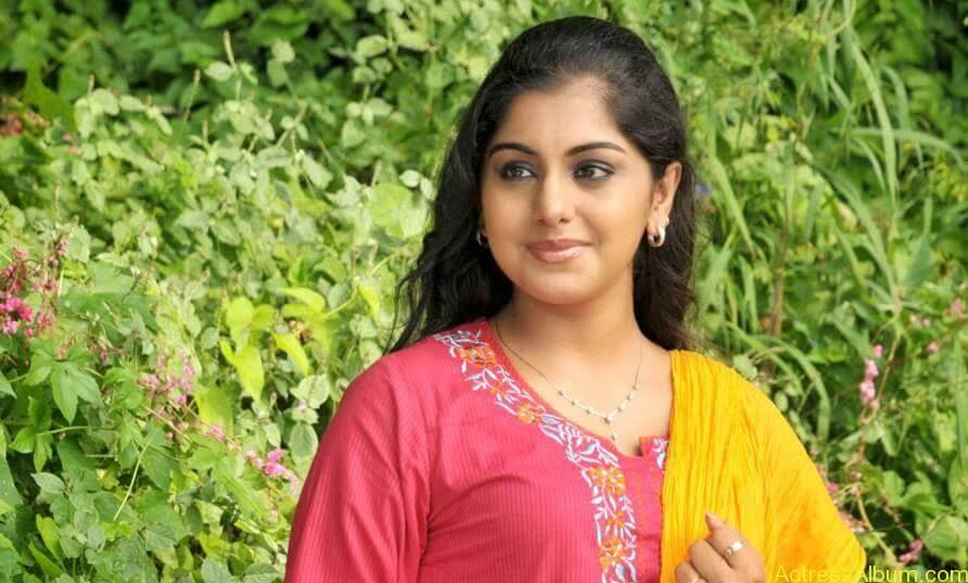 Meera Nandan Hot Pictures 3