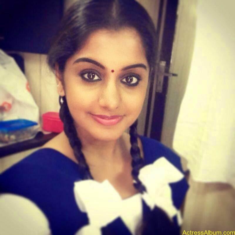 Meera Nandan Hot Pictures 4