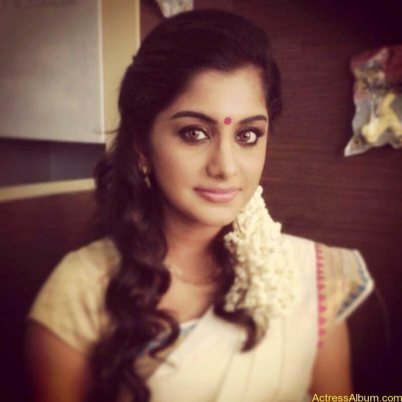 Meera Nandan Hot Pictures 6