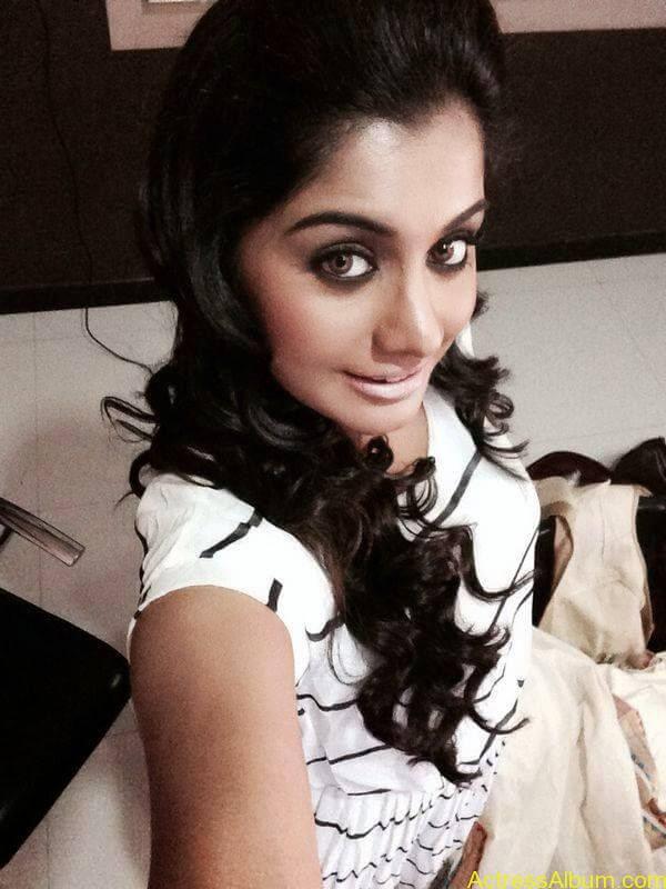 Meera Nandan Hot Pictures 7