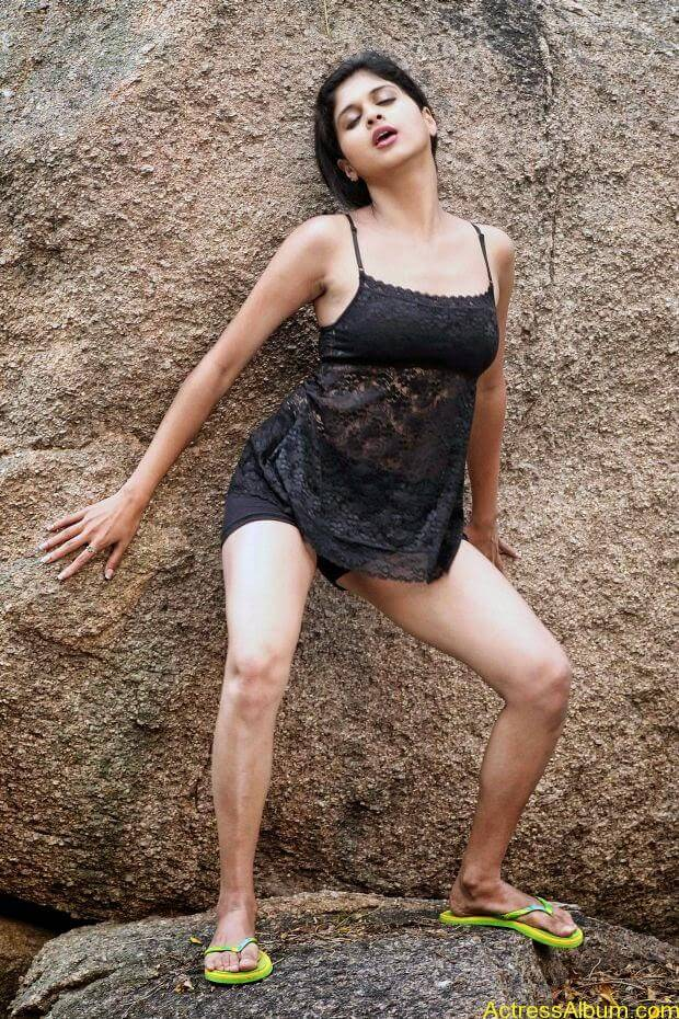 Naveena hot and spicy  Ever seen hot (4)