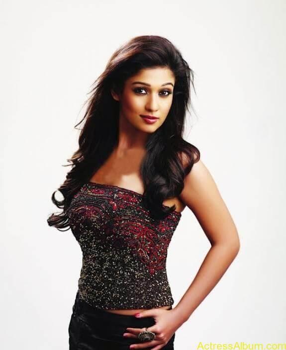 Nayanthara hot stills (4)