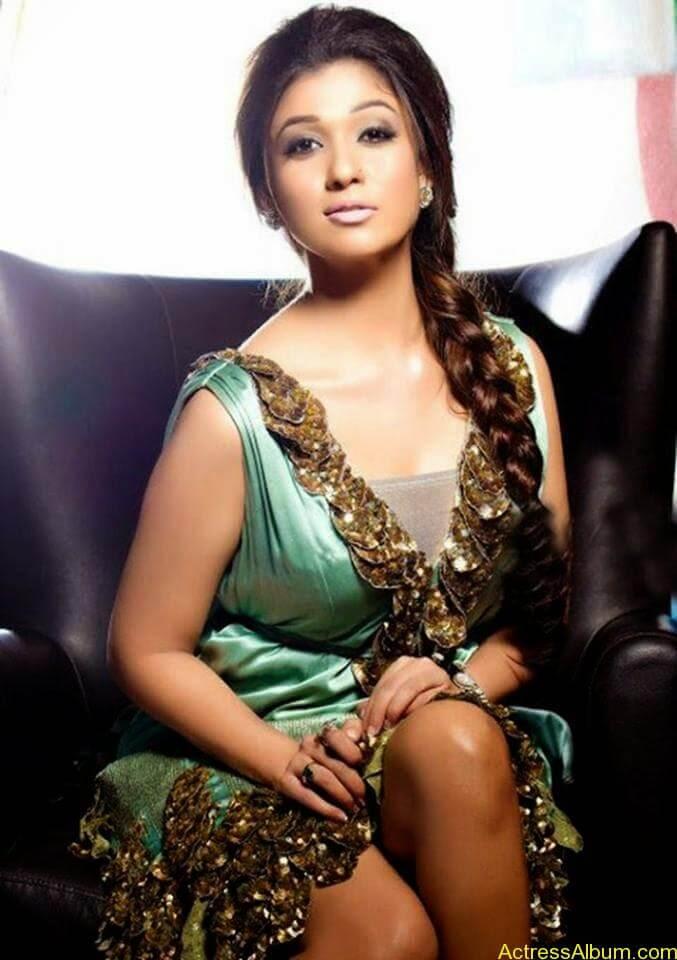 Nayanthara hot stills (5)