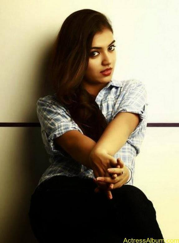 Nazriya nazim latest hot photos stills (11)