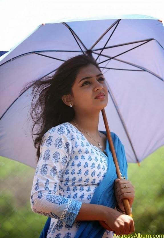Nazriya nazim latest hot photos stills (13)