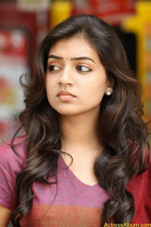 Nazriya nazim latest hot photos stills (2)