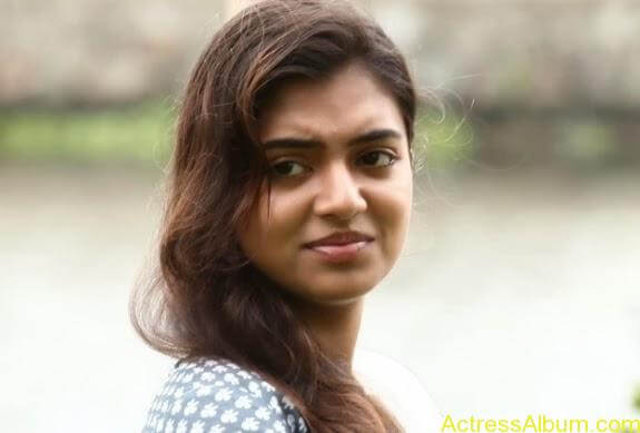 Nazriya nazim latest hot photos stills (22)
