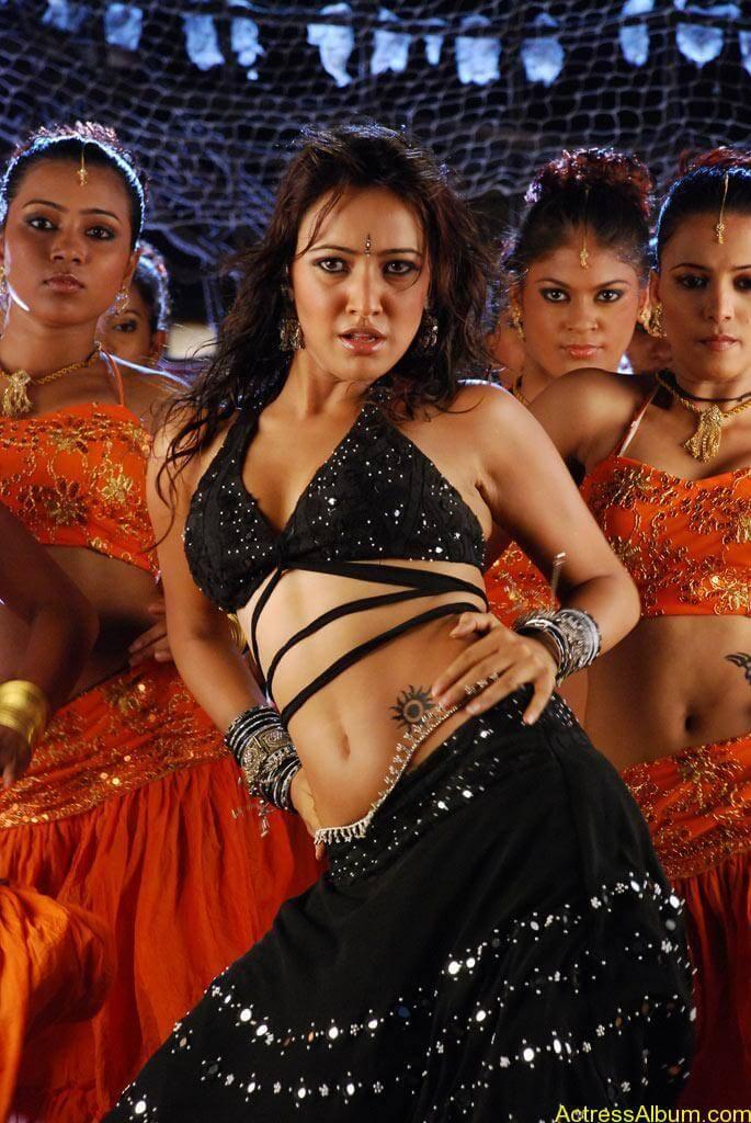 Neha Sharma hot stills (10)