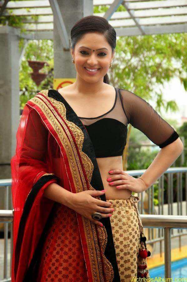 Nikesha pattel latest stills (2)