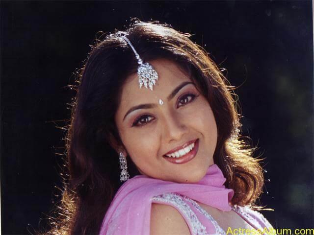 old actress Meena  hot photos (12)