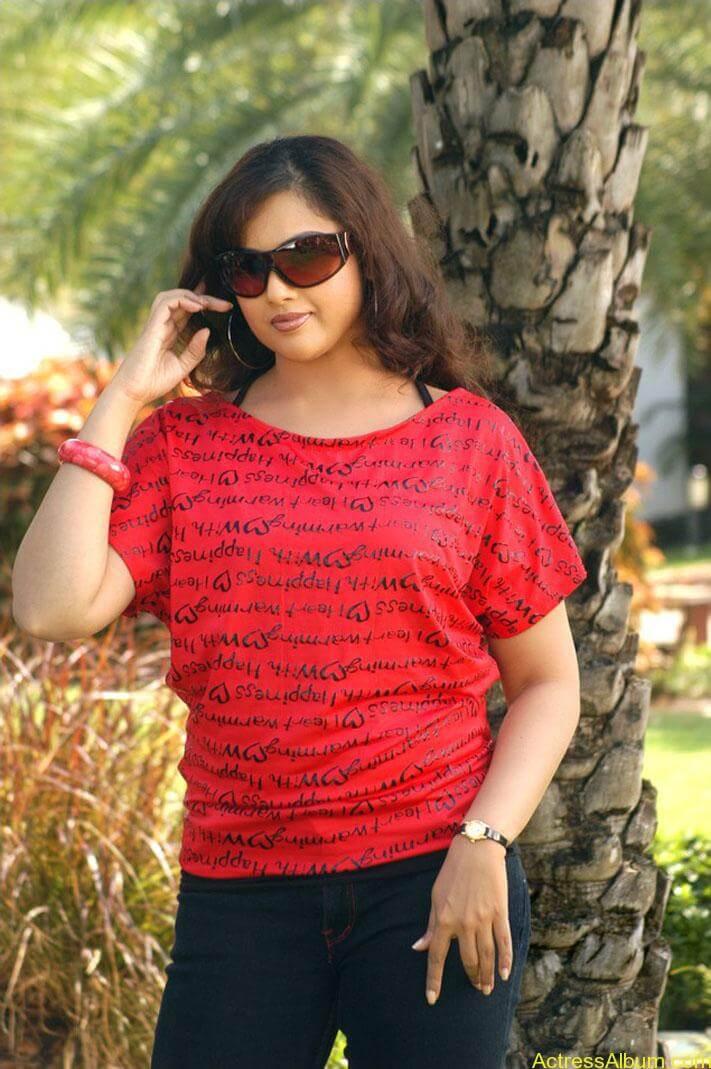 old actress Meena  hot photos (9)