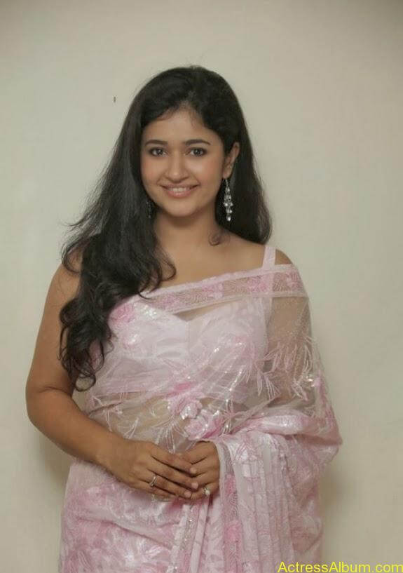 Poonam bajwa in transferentsaree photos (5)